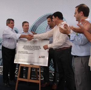 Inauguração da ETE contou com a presença dos senadores Áceio Neves e Anastasia