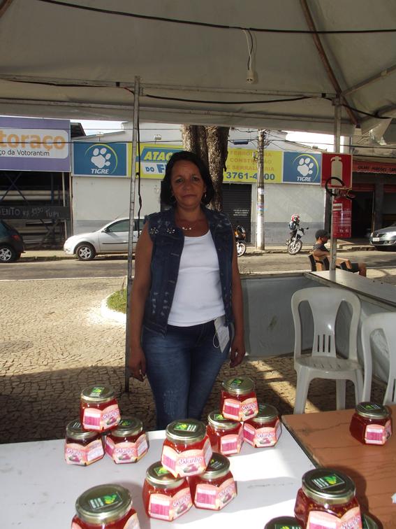 Marinalva, de Bento Rodrigues, trouxe a geleia de biquinho, sucesso da feira