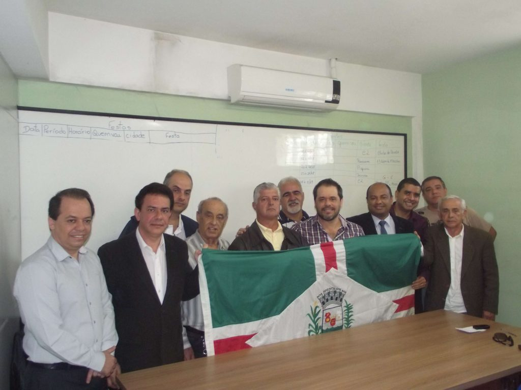 Grupão reúne lideranças ecléticas e com perfil ideológico diferente
