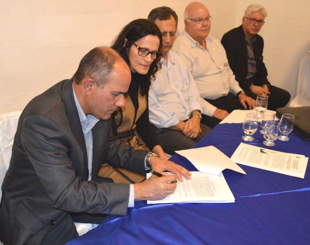 Assinatura Memorando de Concessão do Terreno para a implantação do Centro de Referência de Agricultura Familiar/Foto:Divulgação