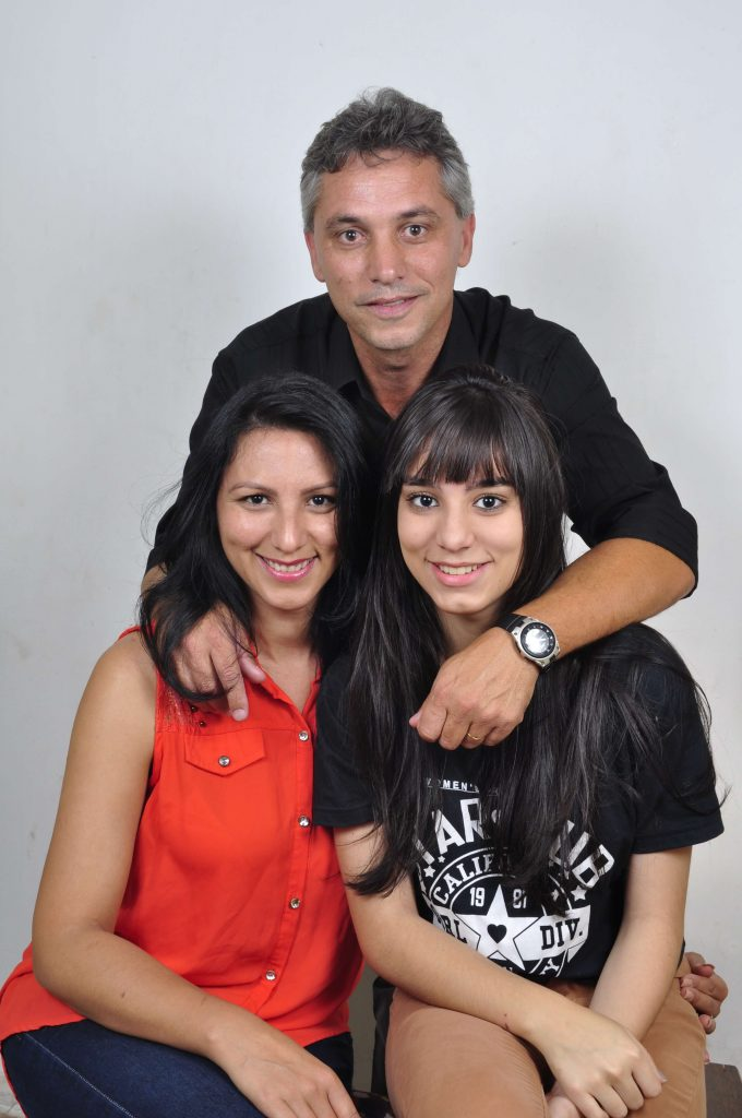Leci Romualdo com a filha Flávia e o esposo Herbert/Eduardo Sacramento