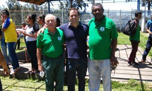 Willer Sebastião de Almeida e o presidente da Aredesma, Nelsinho ao lado do deputado Glaycon Franco.