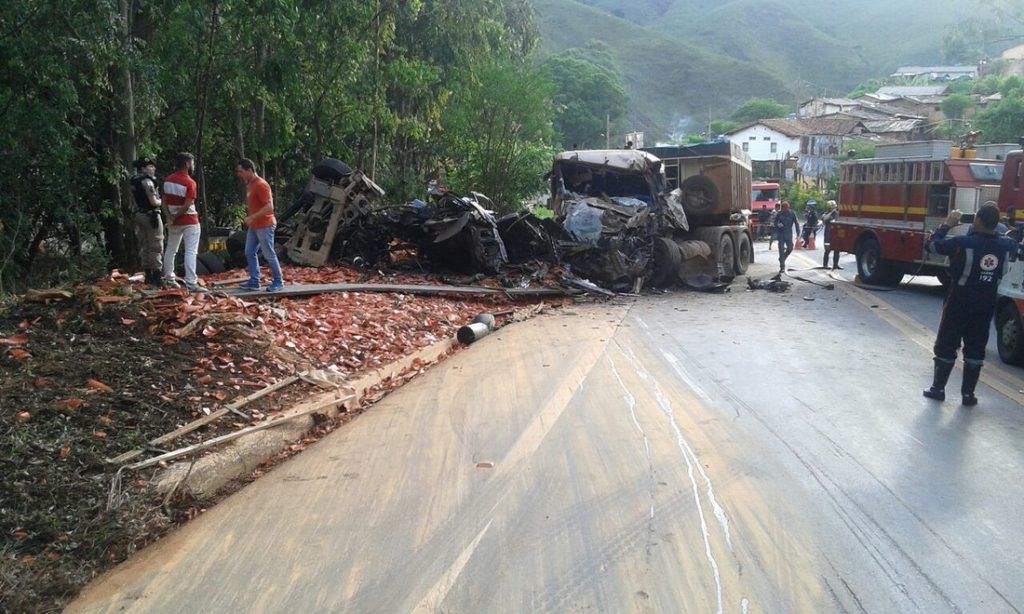 acidente-mata-dois-motoristas
