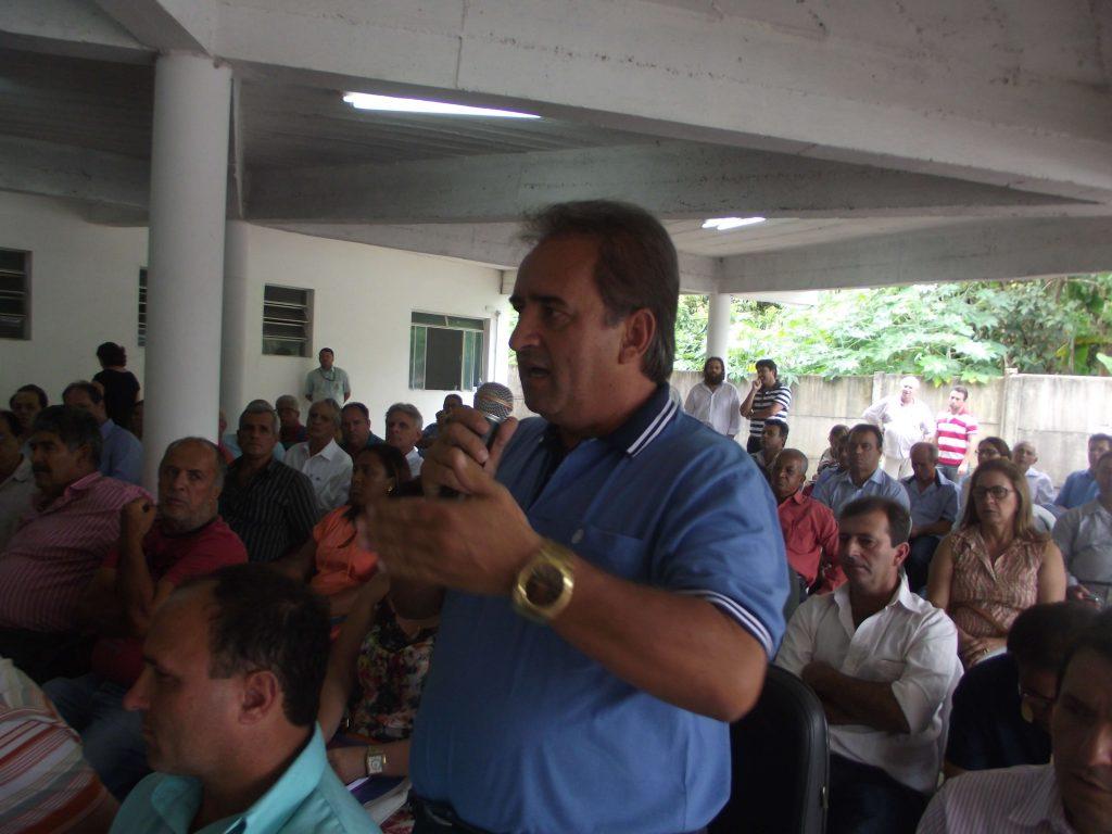 Celinho, prefeito de Queluzito, defendeu a aclamação de Mário Marcus