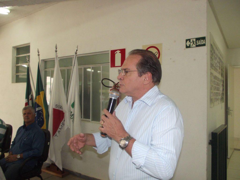 Prefeito de Ouro Branco, Hélio Campos, anunciou volta a entidade